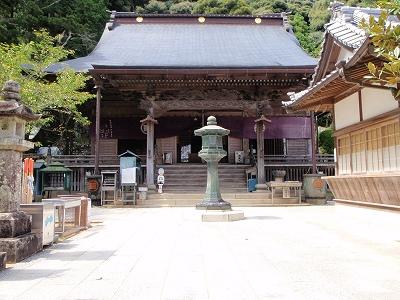 薬王寺本堂