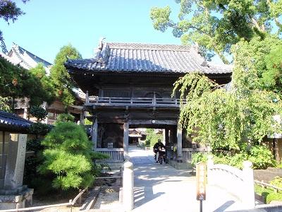 立江寺山門
